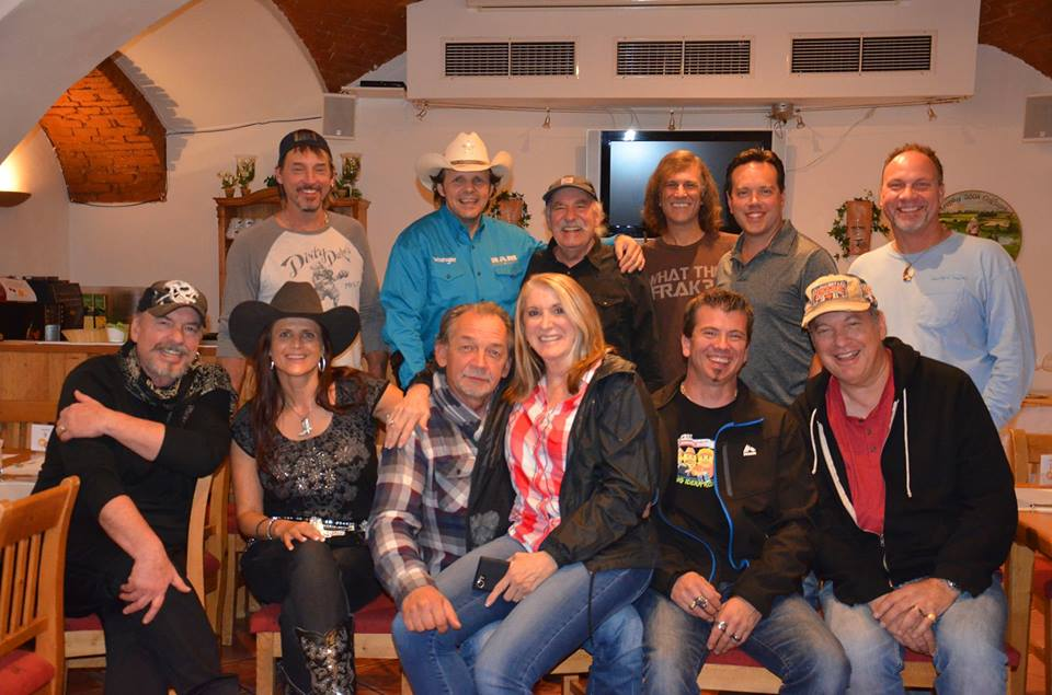 SILVIA & MICHAEL STONE mit BELLAMY BROTHERS, BAND & CREW